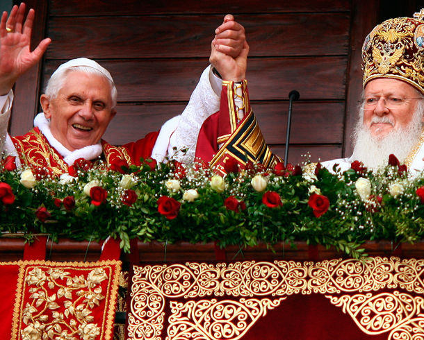 This image has an empty alt attribute; its file name is Benedikt-XVI-Bartolomej.jpg
