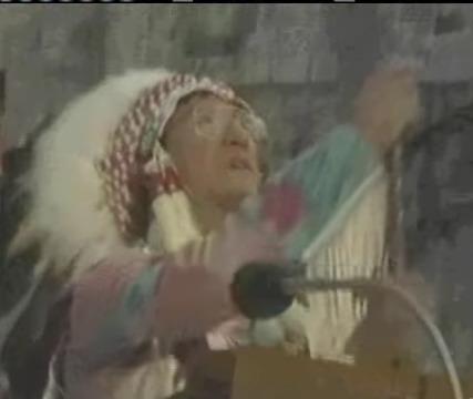 Tento obrázok nemá vyplnený ALT popisok, jeho názov je assisi-1986-pohan-dym-modlarstvo-1.jpg