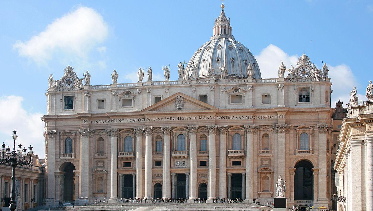 Tento obrázok nemá vyplnený ALT popisok, jeho názov je bazilika-sv-petra-bozi-chram-antikrist.jpg