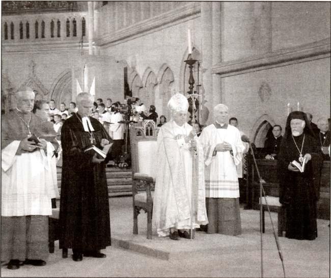Tento obrázok nemá vyplnený ALT popisok, jeho názov je benedikt-xvi-2006-ekumenicke-vespery.jpg