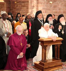 Tento obrázok nemá vyplnený ALT popisok, jeho názov je benedikt-xvi-assisi-3-ekumenizmus.jpg