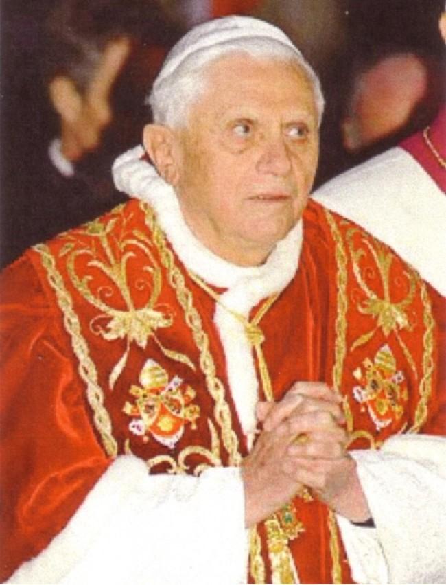 Tento obrázok nemá vyplnený ALT popisok, jeho názov je benedikt-xvi-mimo-cirkvi-niet-spasy.jpg