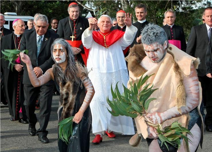 Tento obrázok nemá vyplnený ALT popisok, jeho názov je benedikt-xvi-pohania-australia.jpg