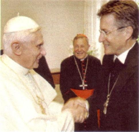 Tento obrázok nemá vyplnený ALT popisok, jeho názov je heretici-benedikt-xvi-wolfgang-huber-2005.jpg