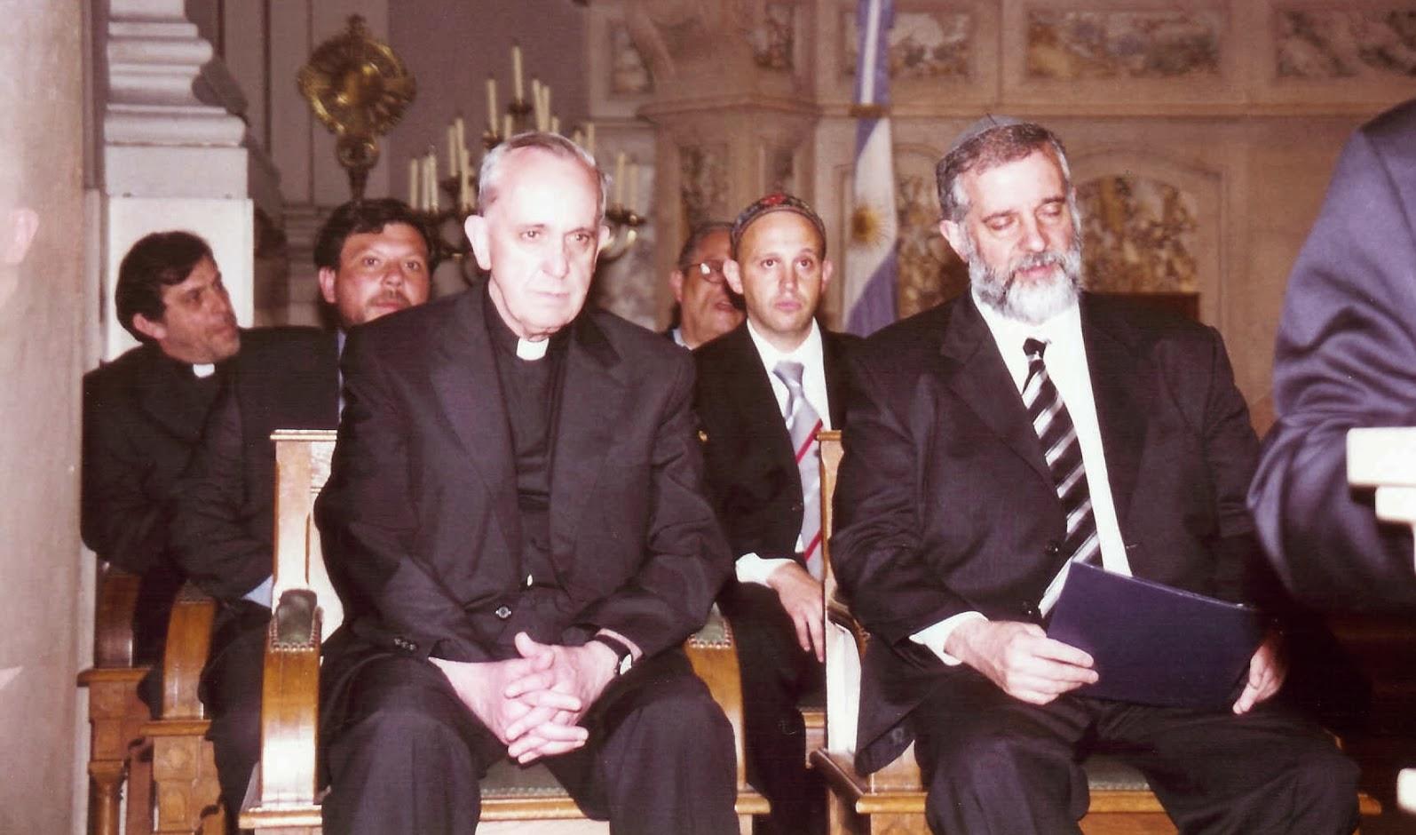 Tento obrázok nemá vyplnený ALT popisok, jeho názov je jorge-bergoglio-heretik-rabini-slobodomurar.jpg