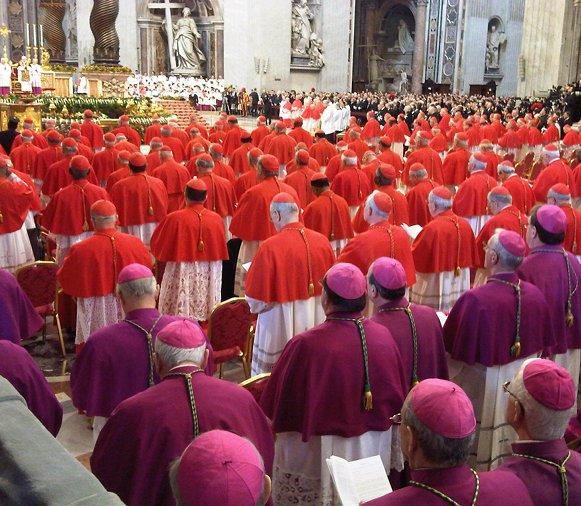 Tento obrázok nemá vyplnený ALT popisok, jeho názov je purpur-sarlat-neviestka-babylonska-bazilika-sv-petra-rim.jpg