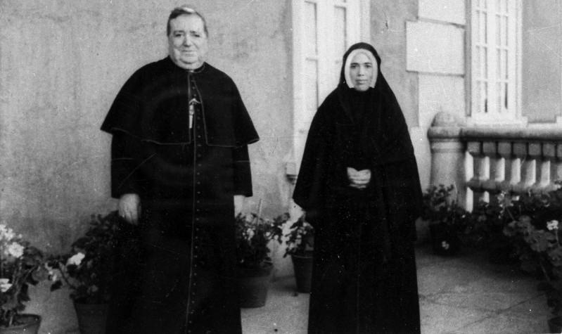 Tento obrázok nemá vyplnený ALT popisok, jeho názov je sestra-lucia-biskup-da-silva.jpg